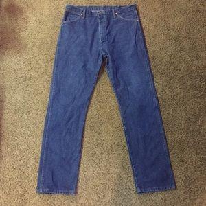 Wrangler Cowboy Cut Jeans Sz 38x34 Gently Used